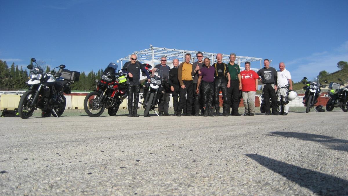 Circuito Jumilla : Ruta guiada en moto u2013 día 1: circuito jumilla u2013 experiencias en moto